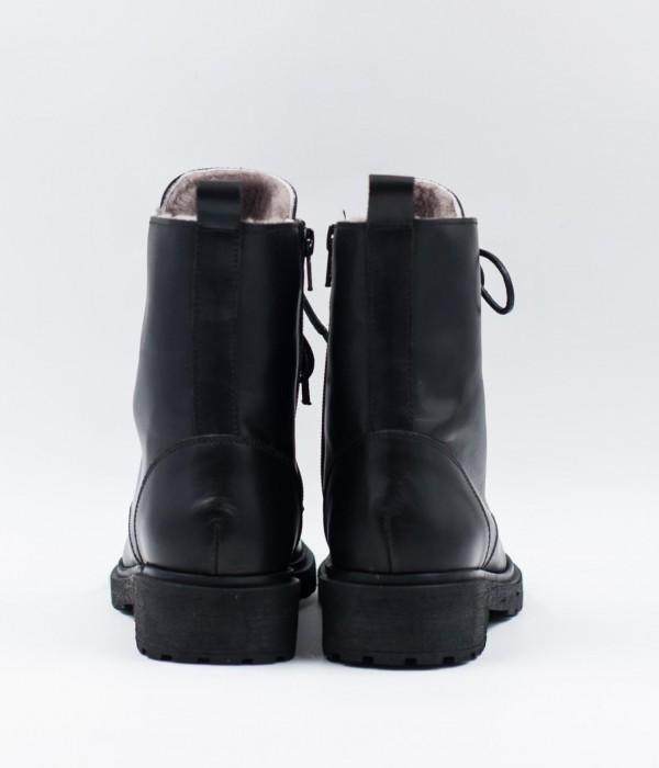 Ботинки зимние на шнурках